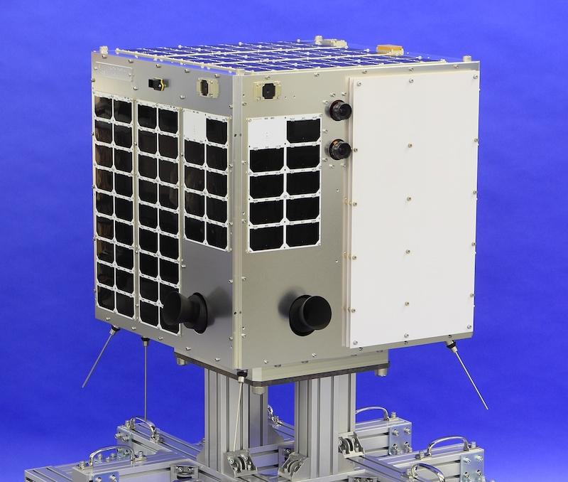 図 7.2017 年打ち上げ予定の超小型独自衛星『WNISAT-1R』